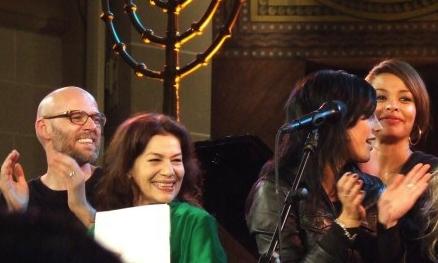 Thomas D, Hannelore Elsner, Stefanie Klo� und Joy Denalane beim Selma Konzert in Berlin 2007